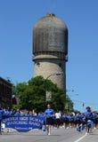 Lincoln High School-het marcheren band in Ypsilanti, MI vierde van Ju Royalty-vrije Stock Foto's