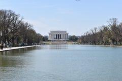 Lincoln Memorial célèbre sur Lincoln Memorial Reflecting Pool aux Etats-Unis photographie stock libre de droits