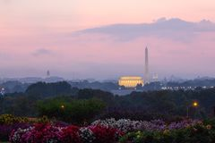 Lincoln Memorial, Washington Monument, United States Capital. Early morning, Lincoln Memorial, Washington Monument, United States Capital, red stock photography