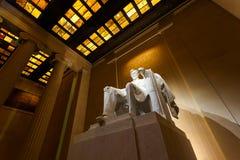 Lincoln minnesmärke på natten Royaltyfri Fotografi