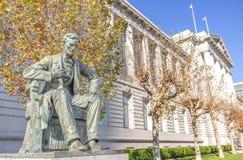 Lincoln-monument en Stadhuis, San Francisco royalty-vrije stock afbeelding