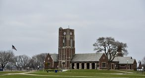 Lincoln Park Fieldhouse en Klokketoren Royalty-vrije Stock Foto's