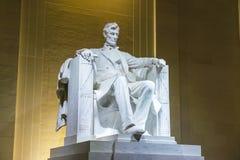 Lincoln pomnik w Krajowym centrum handlowym, washington dc C przy noc zdjęcia royalty free