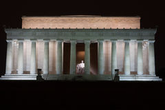 Lincoln Seated i Lincoln Memorial Arkivbild