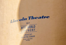 Lincoln theatre znak przy housewall Fotografia Stock