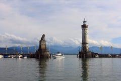 LINDAU, GERMANIA, IL 9 AGOSTO 2014 - PORTONE DEL PORTO IN LINDAU NEL LAGO DI COSTANZA Fotografie Stock Libere da Diritti