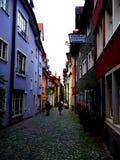 LINDAU/GERMANY JUNI 24, 2011: Gata i gammal stad av lindauen på Bodensee, Tyskland royaltyfria foton