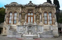 Linden Pavilion, otomanos la mayoría del chalet hermoso del campo, totalmente por encargo imagen de archivo
