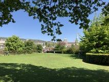 Lindenhof - geschiedenis-Getrokken oase in het hart van de stad van Zürich royalty-vrije stock foto