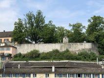 Lindenhof - geschiedenis-Getrokken oase in het hart van de stad van Zürich royalty-vrije stock fotografie