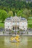 LINDERHOF, ALEMANIA - el palacio de Linderhof es un Schloss en Alemania Fotografía de archivo
