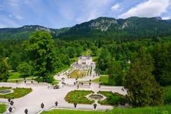 Linderhof slott i Tyskland Royaltyfria Bilder