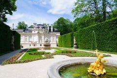 Linderhof slott i Tyskland Royaltyfri Bild
