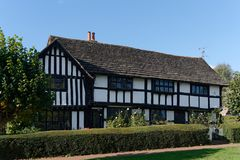 LINDFIELD, WEST SUSSEX/UK -OCTOBER 29 : View of a tudor style ho