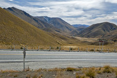 Lindis Pass that lies between the valleys of the Lindis and Ahuriri Rivers, south island of New Zealand Royalty Free Stock Photography