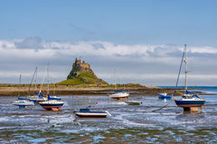 LINDISFARNE CASTLE, HOLY ISLAND/NORTHUMBERLAND - AUGUST 16 : Vie. W of Lindisfarne Castle on Holy Isalnd on August 16, 2010. Unidentified people Stock Images