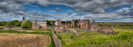 Lindisfarne helig ö Northumberland, UK royaltyfri fotografi