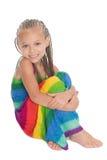 Lindo en una sentada colorida del vestido Fotos de archivo libres de regalías