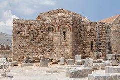 Lindos罗得岛希腊教会废墟 免版税库存图片