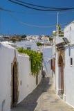 Lindos Smalle Straat en stad in Rhodes Island Stock Afbeelding