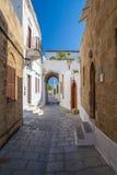 Lindos Smalle Straat in Rhodes Island Rodos Aegean Region, Gre Royalty-vrije Stock Afbeelding