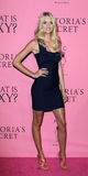 Lindsay Ellingson kommt in Victoria's Secret an, was reizvoll ist? Party Lizenzfreie Stockbilder