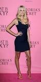 Lindsay Ellingson kommt in Victoria's Secret an, was reizvoll ist? Party Lizenzfreie Stockbilder