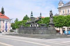 Lindwurmbrunnen (Lindworm fontanna) w Klagenfurt, Austria zdjęcie stock