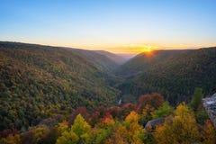 Lindy Point höstsolnedgång i West Virginia fotografering för bildbyråer