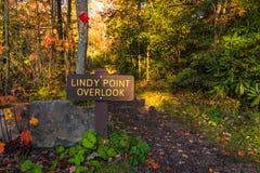 Lindy Point Overlook tecken fotografering för bildbyråer