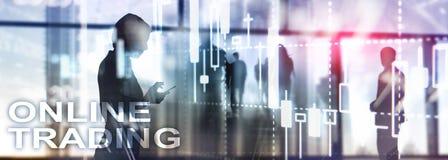 On-line κάνοντας εμπόριο, FOREX, έννοια επένδυσης στο θολωμένο υπόβαθρο εμπορικών κέντρων απεικόνιση αποθεμάτων