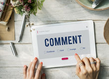 On-line-Kommentar-Kommunikationstechnologie-Konzept lizenzfreies stockfoto