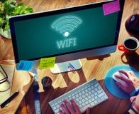 On-line-Netz Wifi-Kommunikations-Ikonen-Konzept Lizenzfreies Stockfoto