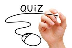 On-line-Quiz-Konzept stockfotos