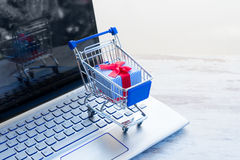 On-line shopping concept Royalty Free Stock Photos