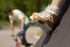 In-line skater in outdoor skatepark Stock Photography