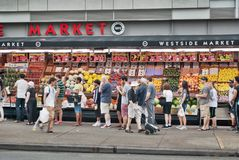 Line for supermarket as Irene approaches Stock Photography