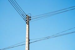 Linea ad alta tensione elettrica collegamento Fotografia Stock