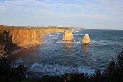 Linea costiera alla grande strada dell'oceano immagine stock