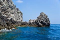 Linea costiera dell'isola di Capri, Italia. Fotografia Stock