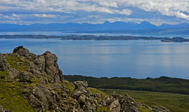 Linea costiera della penisola di Trotternish Fotografia Stock Libera da Diritti