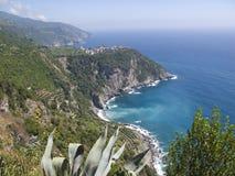 Linea costiera di Cinque Terre Immagini Stock