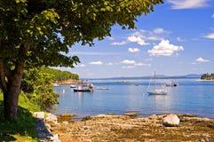 Linea costiera e barche della Maine Fotografie Stock Libere da Diritti