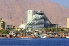Linea costiera ed hotel lussuosi nella località di soggiorno popolare - Eilat, Israele Immagini Stock Libere da Diritti