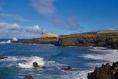 Linea costiera irregolare del silos di Los sopra la strada Tenerife della montagna dell'isola delle nubi Le isole Canarie, Immagini Stock Libere da Diritti