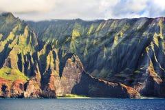 Linea costiera Kauai del Na Pali immagini stock libere da diritti