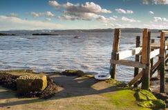 Linea costiera Scozia di Culross Immagini Stock