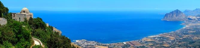 Linea costiera tirrena da Erice, Sicilia, Italia Immagini Stock Libere da Diritti