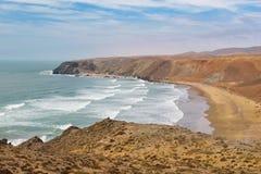 Linea costiera variopinta approssimativa, l'Atlantico, Marocco Immagini Stock