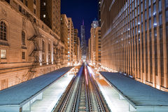 Linea del treno verso Chicago del centro immagini stock